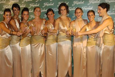 La selecció espanyola de natació sincrointzada va protagonitzar l'espot de Freixenet el 2008 i 2009