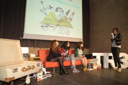 Tres joves i fantàstiques il.lustradores, Amaia Arrazola, Paula Bonet i Lyona, van parlar dels seus llibres, i van emocionar amb el books trailers.