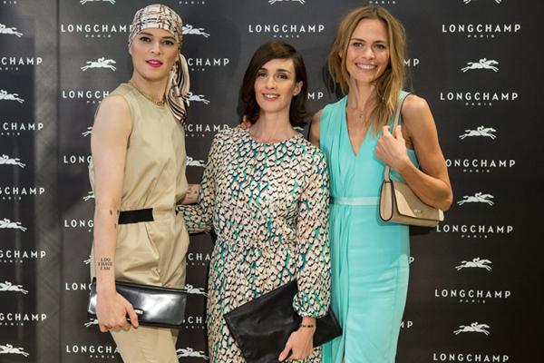 Trio de ases populares: las modelos Bimba Bosé y Verónica Blume, y la actriz Paz Vega.