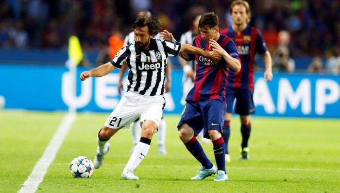 Pirlo i Messi, en una acció de la final de la Lliga de Campions. Foto - Premsa F. C. Barcelona.