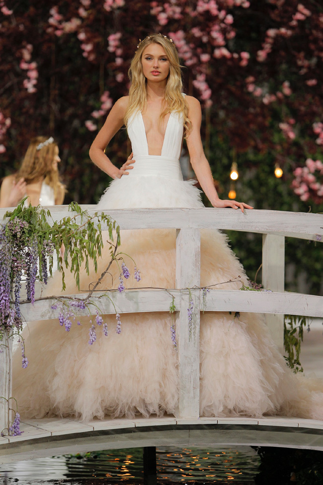 PRONOVIAS FASHION SHOW_Romee Strijd