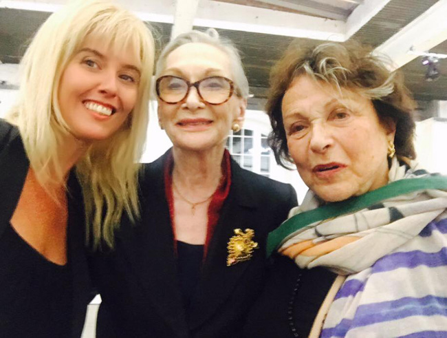 With the queens - Claire Bloom and SiÂN pHILLIPS.jpg