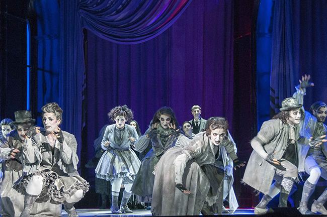 La Familia Adams en Bcn Teatro Coliseum Barnafotopress