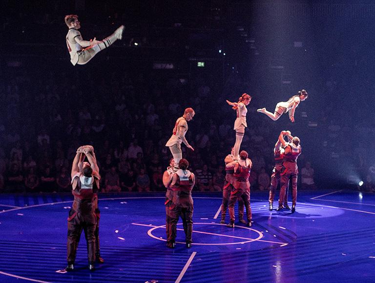 Jordi_Adria_para_Messi10_by_Cirque_du_Soleil_2