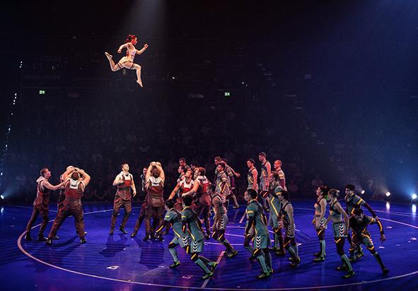 Jordi_Adria_para_Messi10_by_Cirque_du_Soleil_8