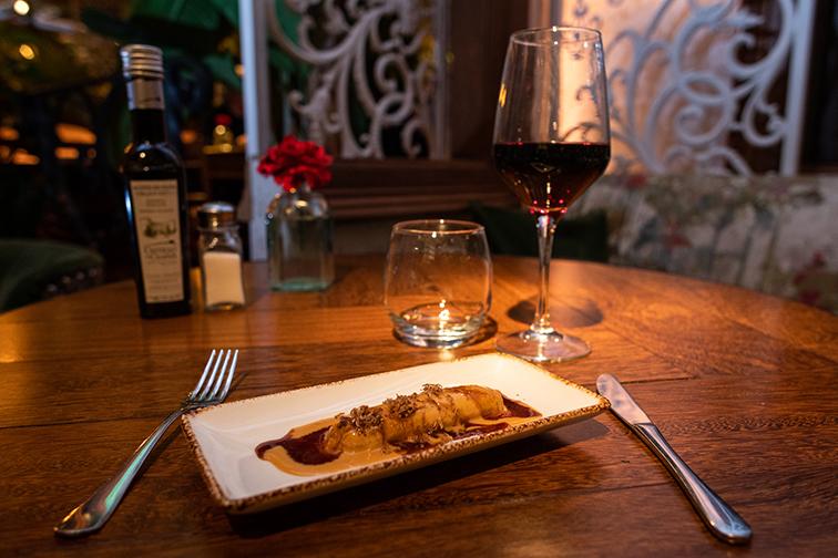 canelon de faisan, foie y trufa